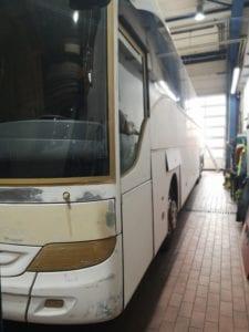 Bus-Lackvorbereitung